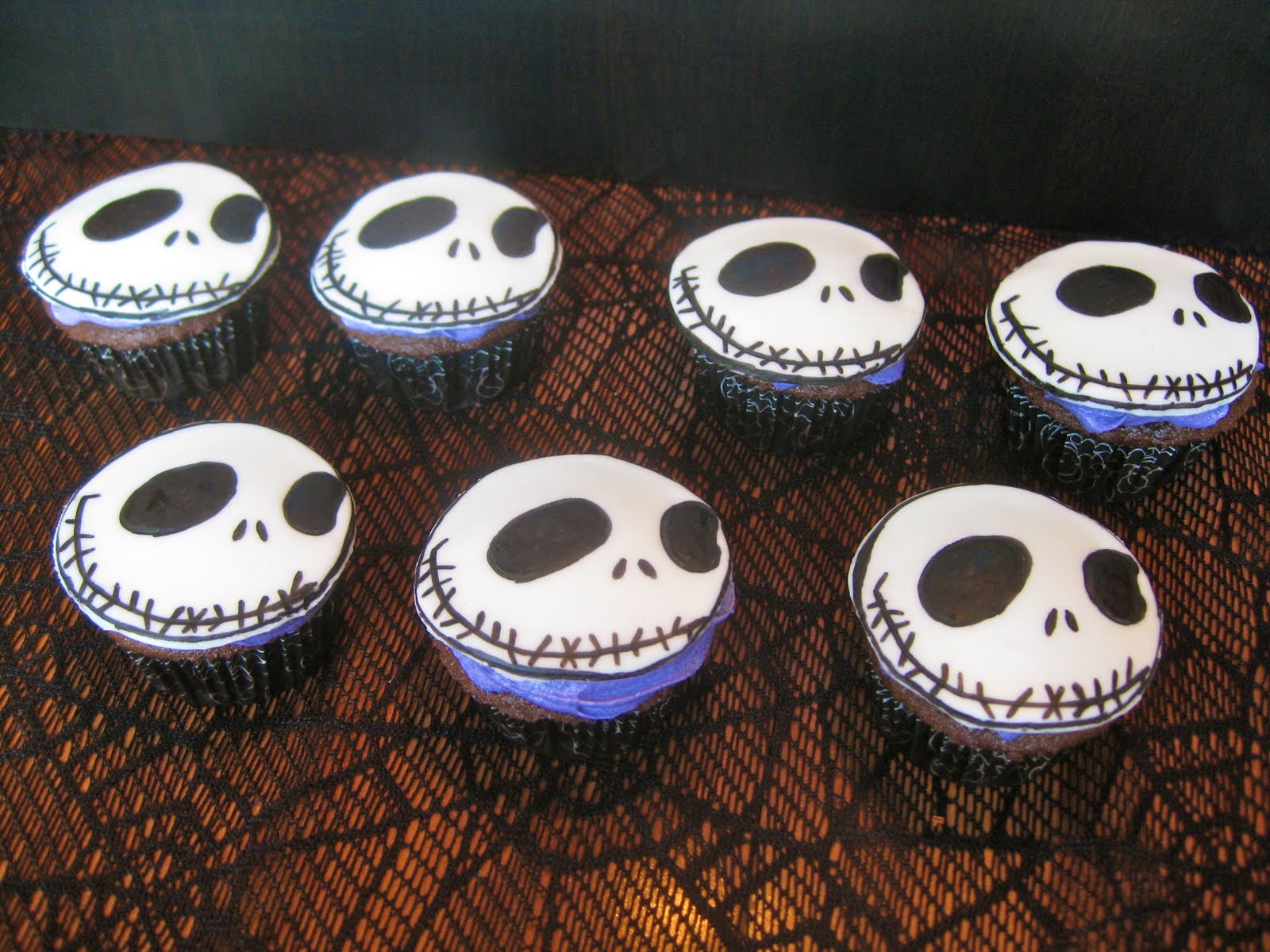 Pixie Crust: Jack Skellington Cupcakes