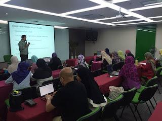 Kelas Blog Santai Pagi Sabtu Bersama Blogger Terkenal Tuan Hadihaizil