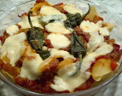 pastaschelpen paprikasaus mozzarella