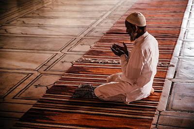 Agar Engkau Meraih Manisnya Iman