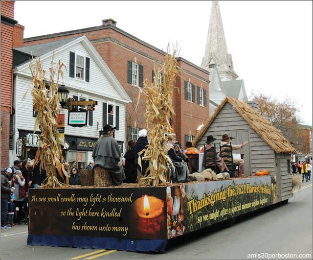 Carrozas en el Desfile de Acción de Gracias en Plymouth