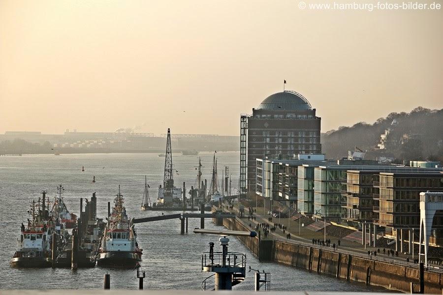 Ausblick vom Dockland in Hamburg