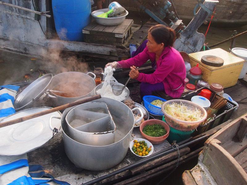 River-food, Floating Market