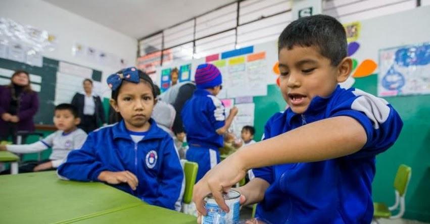 MINEDU aumenta el sueldo a más de 22 mil auxiliares de educación, según Decreto Supremo N° 028-2018-EF