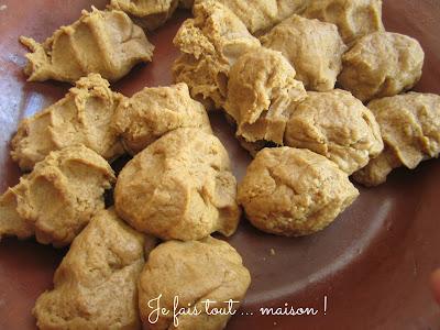 Boules de pâte de chebakia