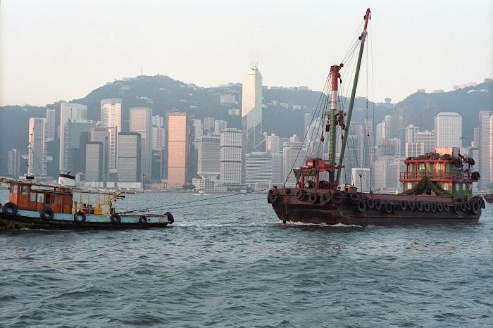 Hong Kong, port Victoria, jonque, © L. Gigout, 1990