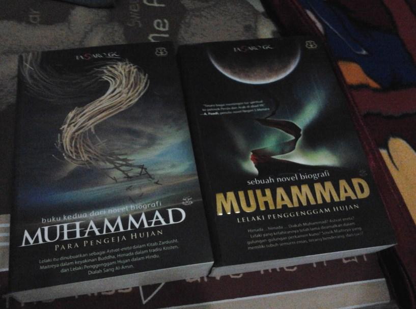 Review Novel Biografi Muhammad (Lelaki Penggenggam Hujan) rensesi Buku