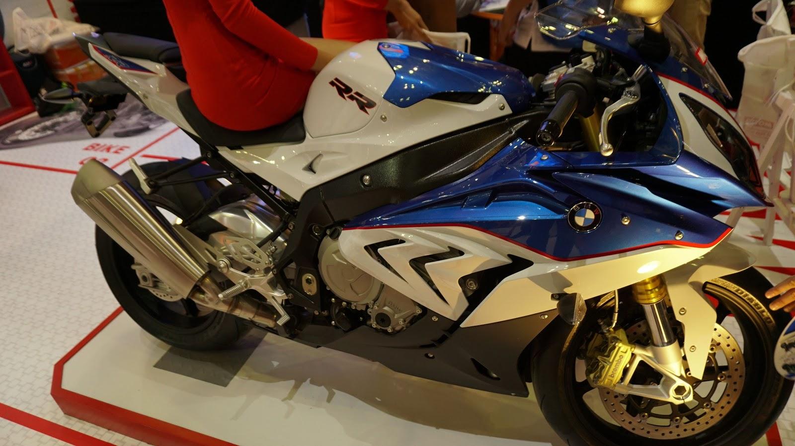 BMW RR1000