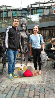 Statue of Amy Winehouse 27 club