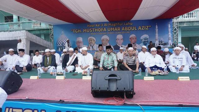 Zikir Akbar Ponpes Al Aziziyah Dipimpin Ustadz Arifin Ilham