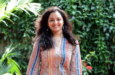 Malayalam actress manju warrier photos