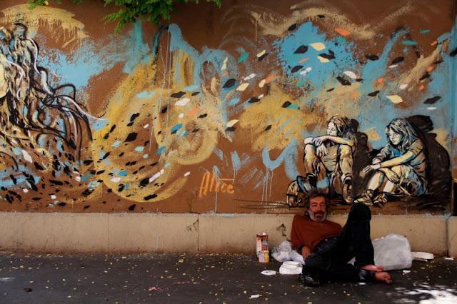 Рисунки на стенах. Alice Pasquini 26
