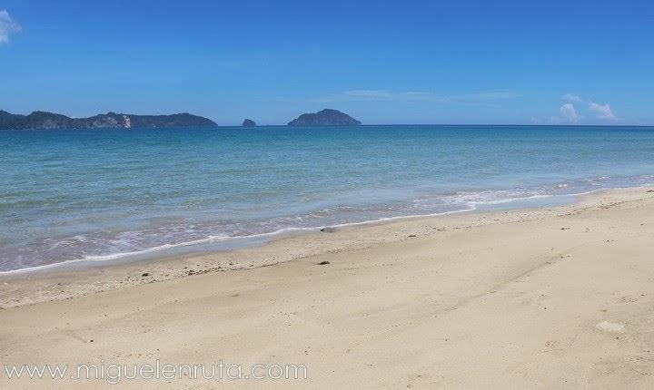Descubriendo-Lio-Beach-Palawan