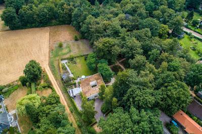 dronefoto woonhuis