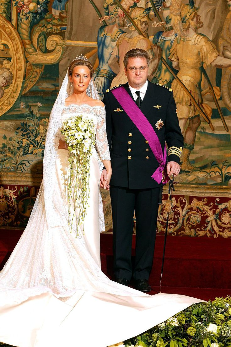Queens of England: Royal Wedding Dresses: Princess Claire of Belgium