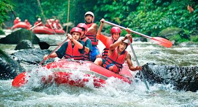 apakah anda sudah merencanakan destinasi wisata yang manis untuk menghabiskannya bersama 5 Lokasi Rafting Menarik di Bali