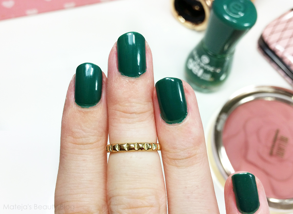 green gel nail polish | Nails Ideas