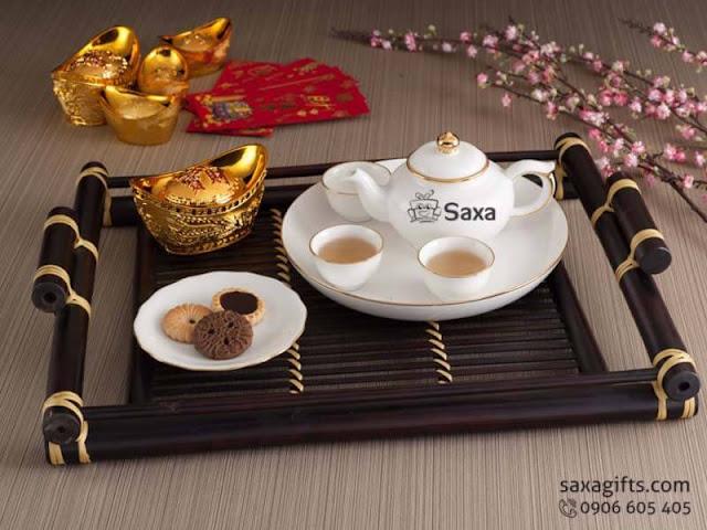 Vì sao Bộ ấm trà Gốm sứ Minh Long được ưa chuộng làm quà tặng khách?