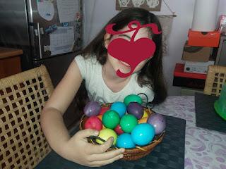 Βάψιμο αβγών με κάψουλες