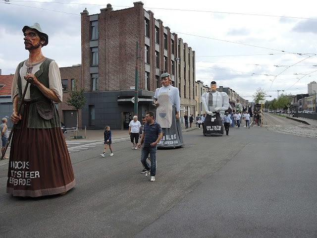 folklore: De reuzenstoet in Deurne