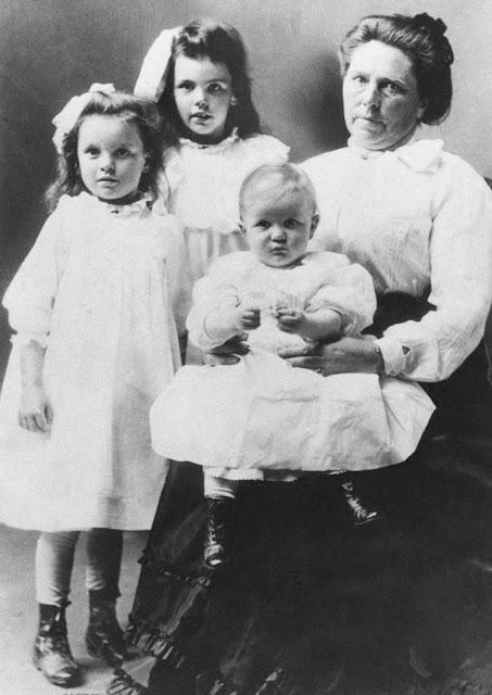 เบลล์ กันเนส ฆาตกรหญิงสุดโฉด แม่ม่ายผู้เหี้ยมโหดแห่งอเมริกา