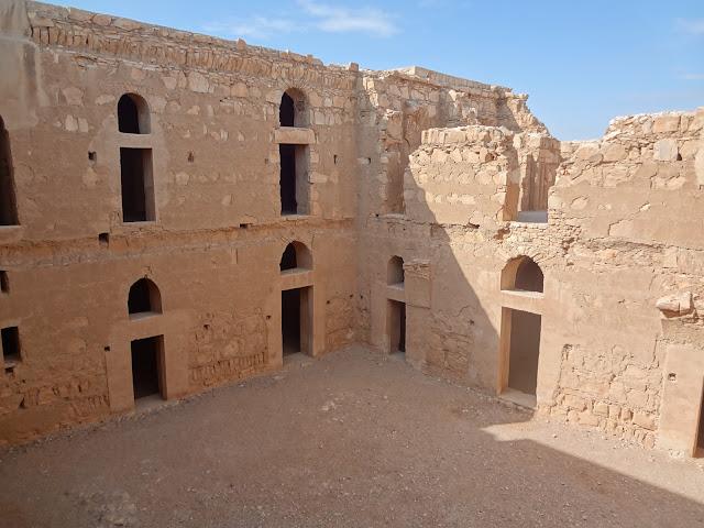 Patio del Qasr Kharana en Jordania