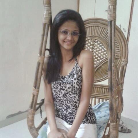 siddhi karkhanis marathi actress cute