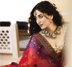 Kareena Kapoor to wear Rs 40 lakh necklace on her wedding.