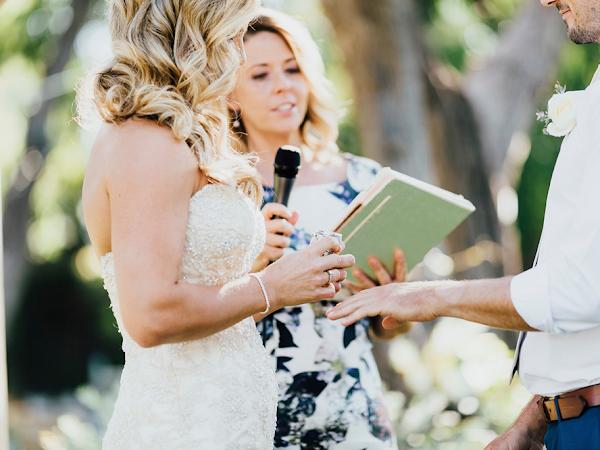 ➳ CONFETTI DAYS | DONNA MCCLELLAND - HEARTFELT WEDDING CELEBRANT Q&A {MARGARET RIVER}