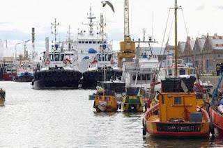 La Comisión de Intereses Marítimos, Portuarios y Pesca de la Cámara Diputados bonaerenses recibió al Subsecretario provincial de Actividades Portuarias, Marcelo Lobbosco, con quien discutieron los lineamientos generales para la elaboración de una ley que reglamente el funcionamiento de los puertos provinciales.