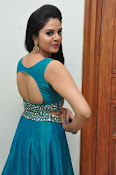srmukhi new gorgeous looking sills-thumbnail-14