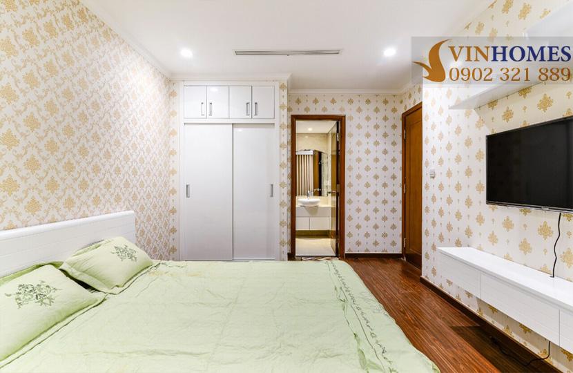 Landmark 5 Vinhomes Central Park cho thuê căn hộ 2 phòng ngủ - phòng ngủ sàn gỗ