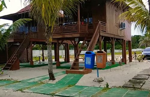 wisata pantai pulau bangka batu bedaun