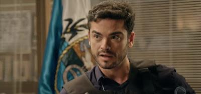 André (Sidney Sampaio) vai conseguir prender um dos bandidões do tráfico em Topíssima