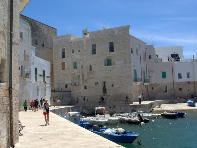 Monopoli widok na port, okolice Bari