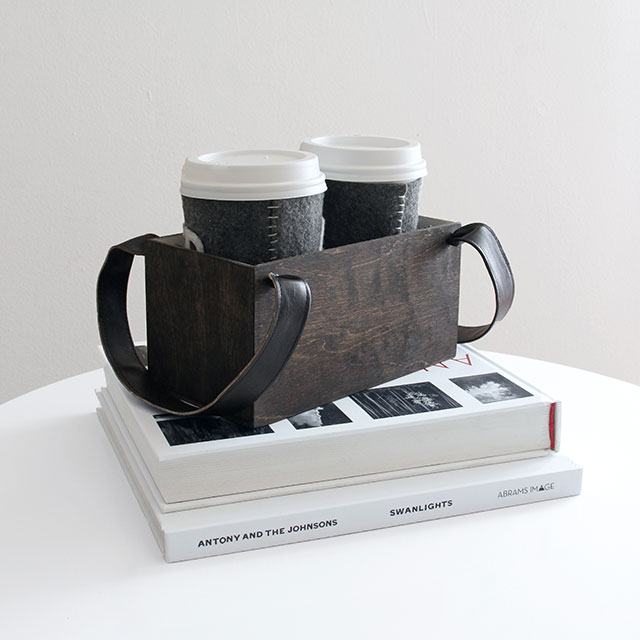 DIY reusable coffee holder for two