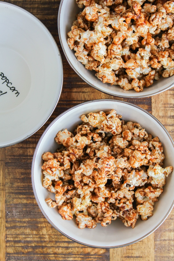 This Sweet and Spicy Popcorn recipe is a delicious and addictive snack! It couldn't be easier to make, and is perfect for movie and game nights with the family!