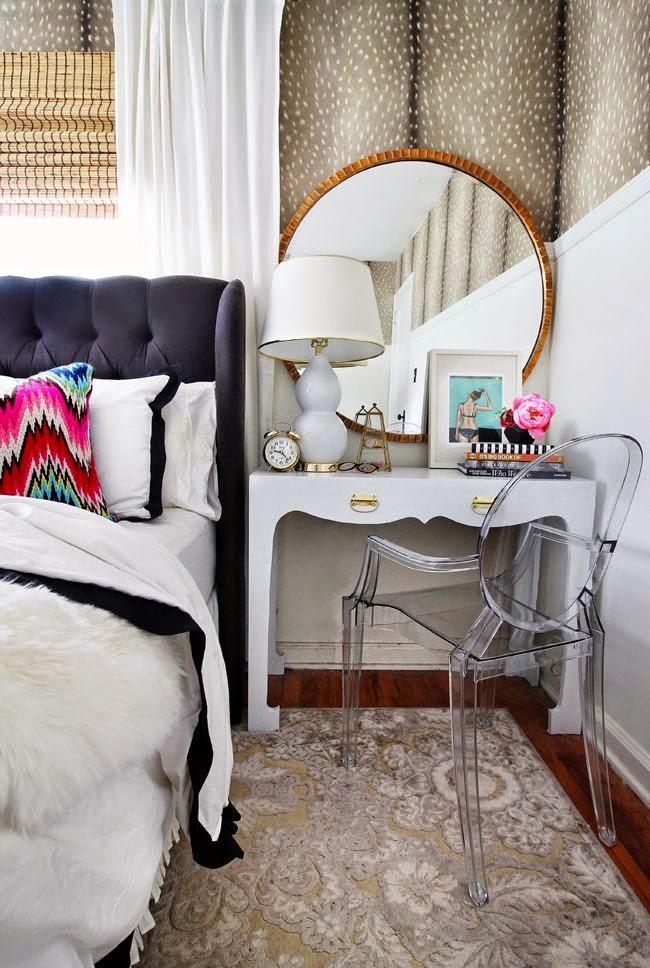 17 fotos de mesitas de noche decoradas llenas de inspiraci n. Black Bedroom Furniture Sets. Home Design Ideas