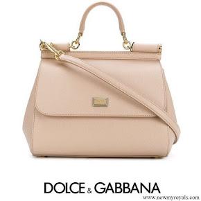 Kate Middleton carried Dolce & gabbana sicily medium leather shoulder bag