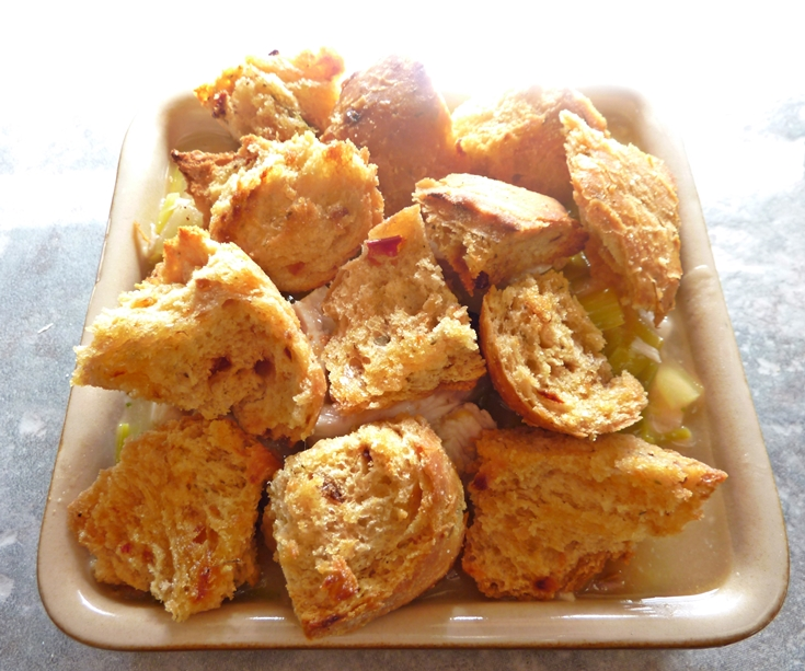 crouton-pie-topping