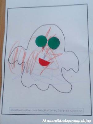 Manualidades niños 2 años: fantasmas con gomets
