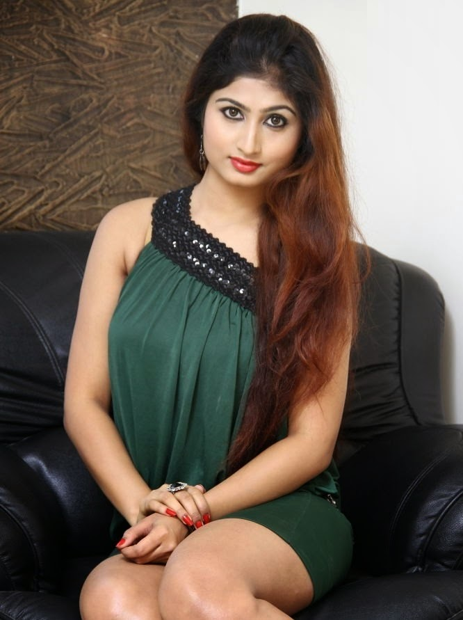 Swapna New Hot In Color Black Photos Gallery - Shiner Photos-5723