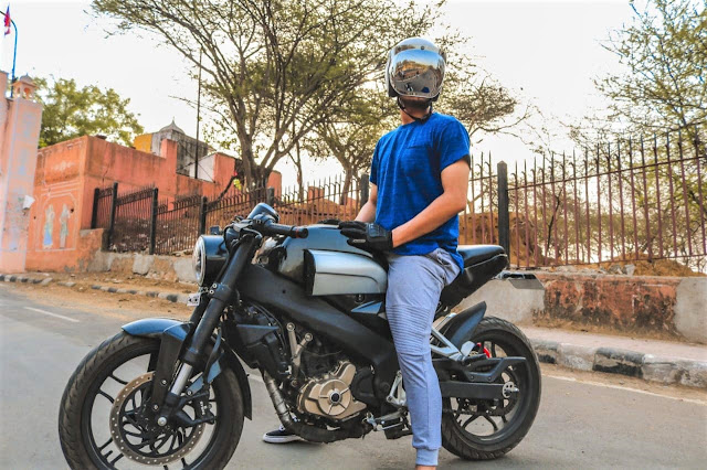 Unpaid Riders Vijayrath: Modified Bajaj Pulsar 200NS