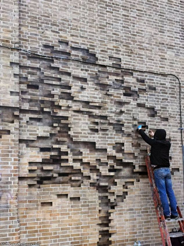 The Artist Created An Optical Illusion On The Wall Of The House, Without Pulling Out A Single Brick