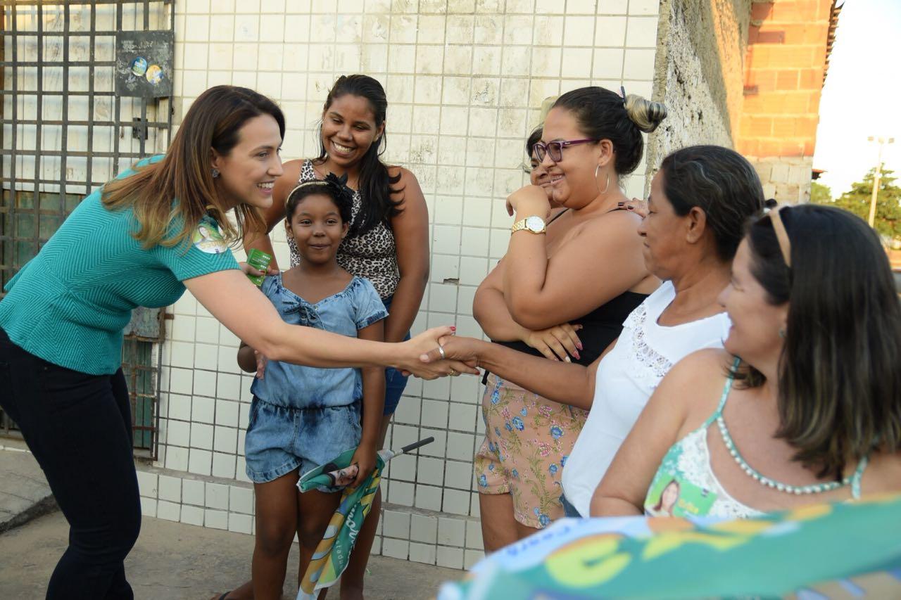 São Miguel Velho declara voto para Erika Amorim 0c290865a8eb4