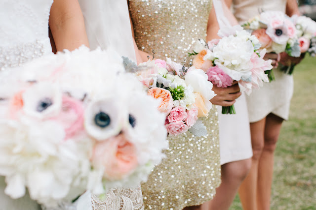shabby+chic+wedding+spring+summer+pastel+champagne+pink+black+white+bride+groom+bouquet+ceremony+centerpiece+floral+flower+bridesmaid+dresses+dress+riverland+studios+11 - Charleston Pastel