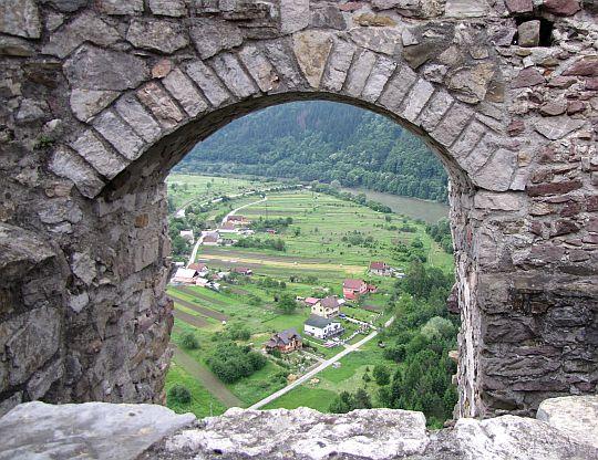 Domy wsi Nezbudská Lúčka.