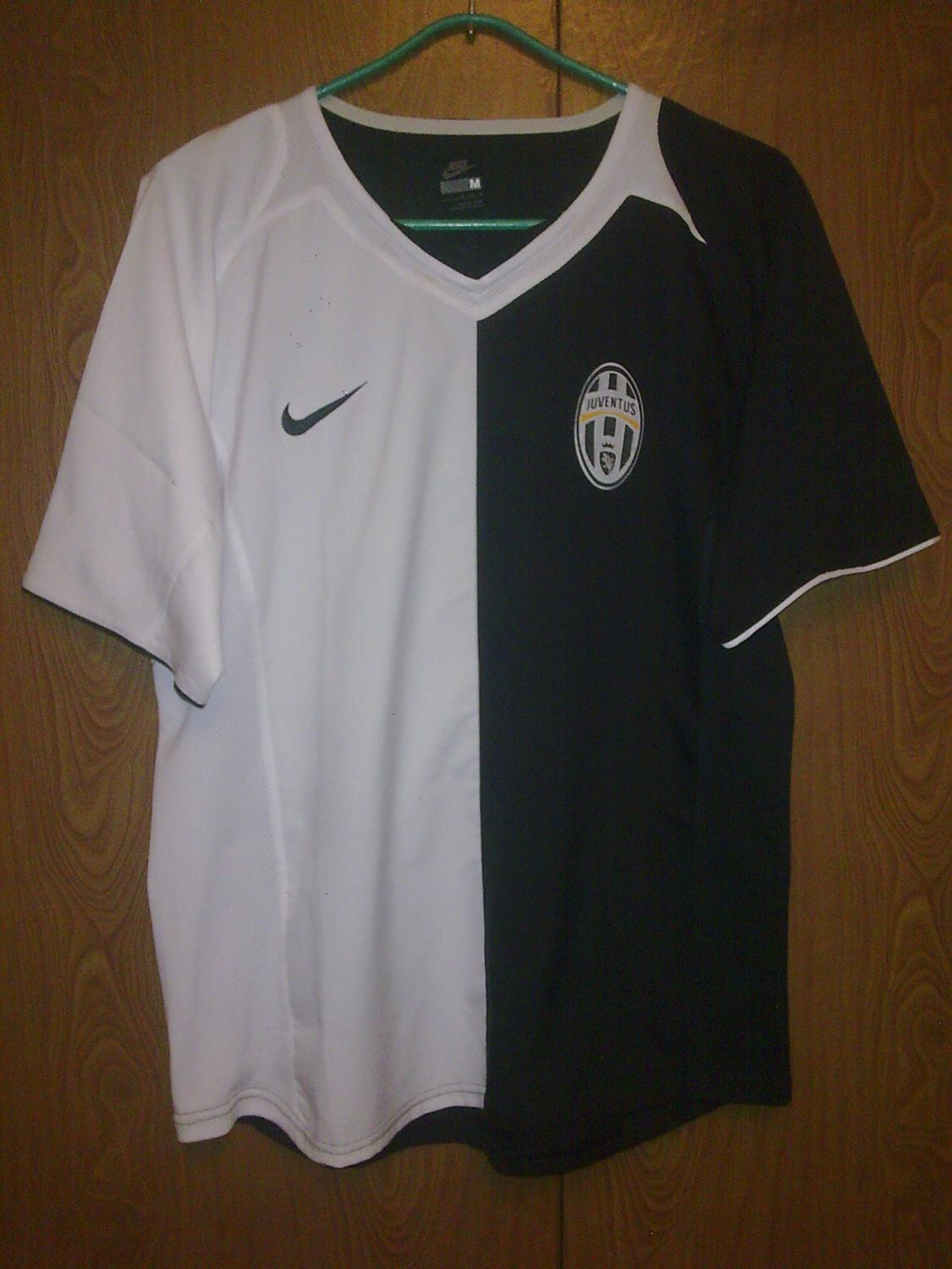outlet store 82979 fb5c2 Nike Juventus 2005 Half-And-Half Anti-Racism Kit vs Adidas ...