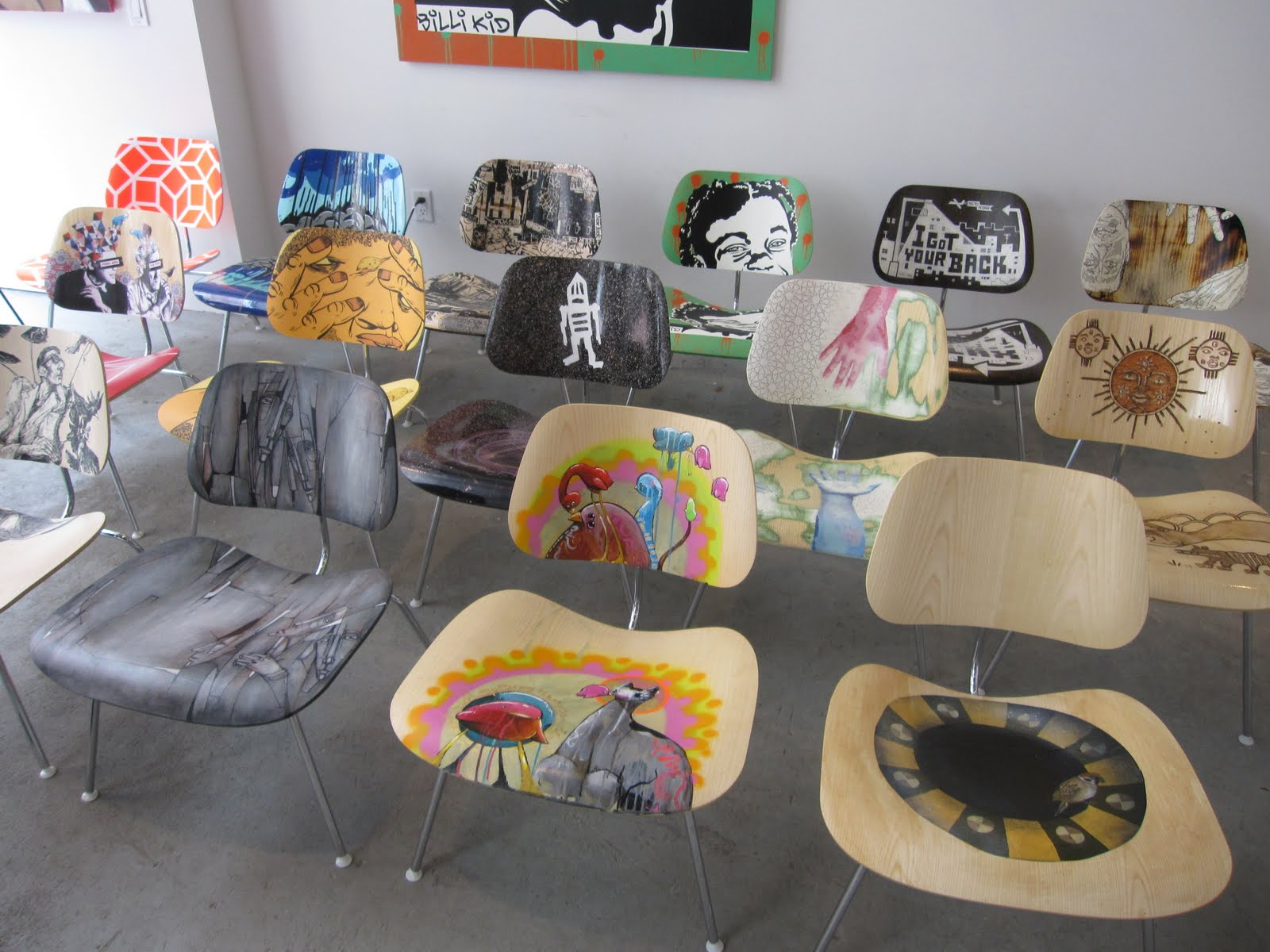 Graffiti art for your home - If You Are Not Ready For Graffiti On The Walls At Your Home Start With Some Furniture