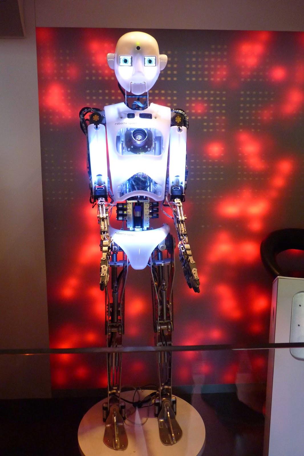 Futuroscope, Baila con Robots.
